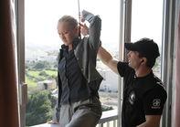 Готовим актрису Полину Сидихину лазить по карнизу на большой высоте